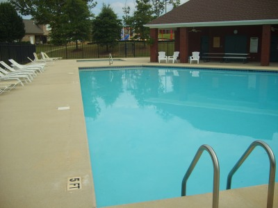 Forest Glen Pool - Northport, AL 35475